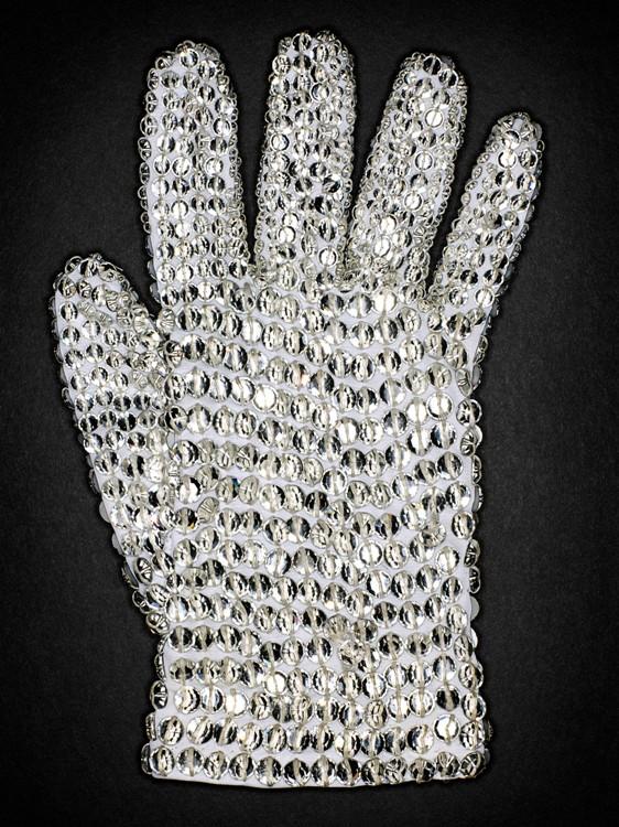 HenryLeutwyler_MJ_White_Christal_Swarovski_Glove_Front-8x10